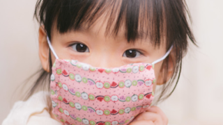 mask child 320x180 - 新型コロナウイルスから身を守る方法は?なにが効果的な対策なの?
