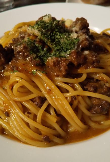 pastaba meatsouce2 - 魂の生パスタ!洋麺バルPastaBA(パスタバ)ってどうよ?